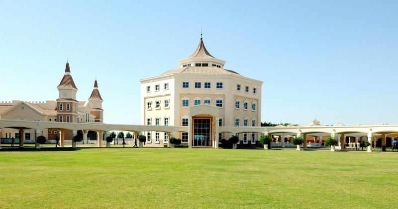Британская школа-пансион Repton School Dubai в ОАЭ - британское ...